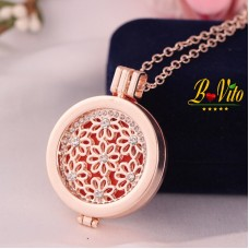 "Necklace diffuser of perfume or essential oil ""Flower"" with rhinestones"